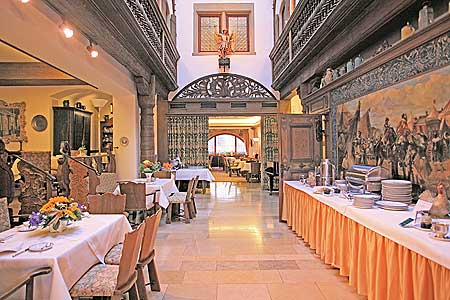 Hotel in franconia rothenburg ob der tauber in a 12th century medival patrician 39 s house german - Patician room ...